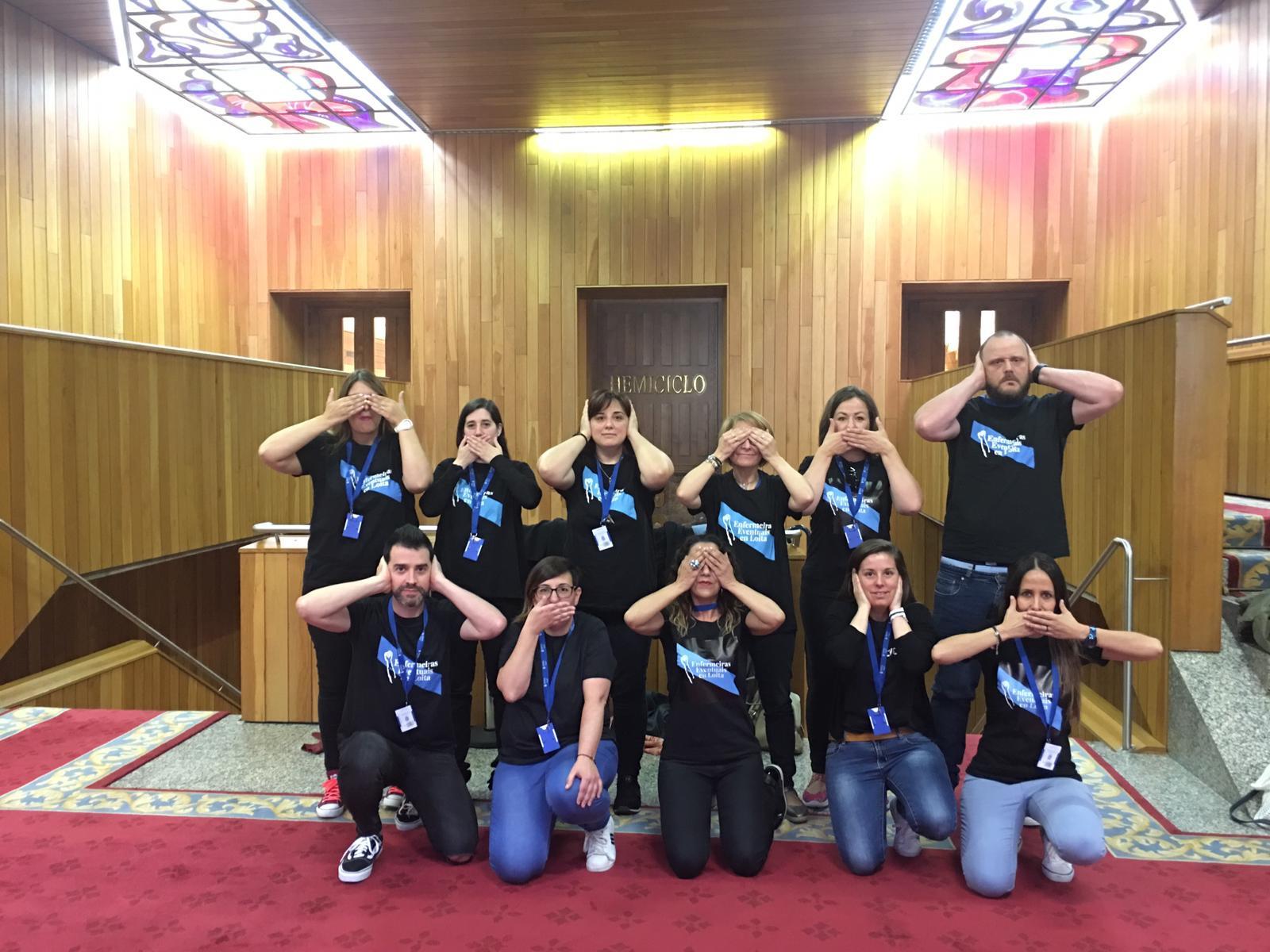 """'Enfermeiras Eventuais en Loita' denuncia la """"censura"""" sufrida en el Parlamento de Galicia"""