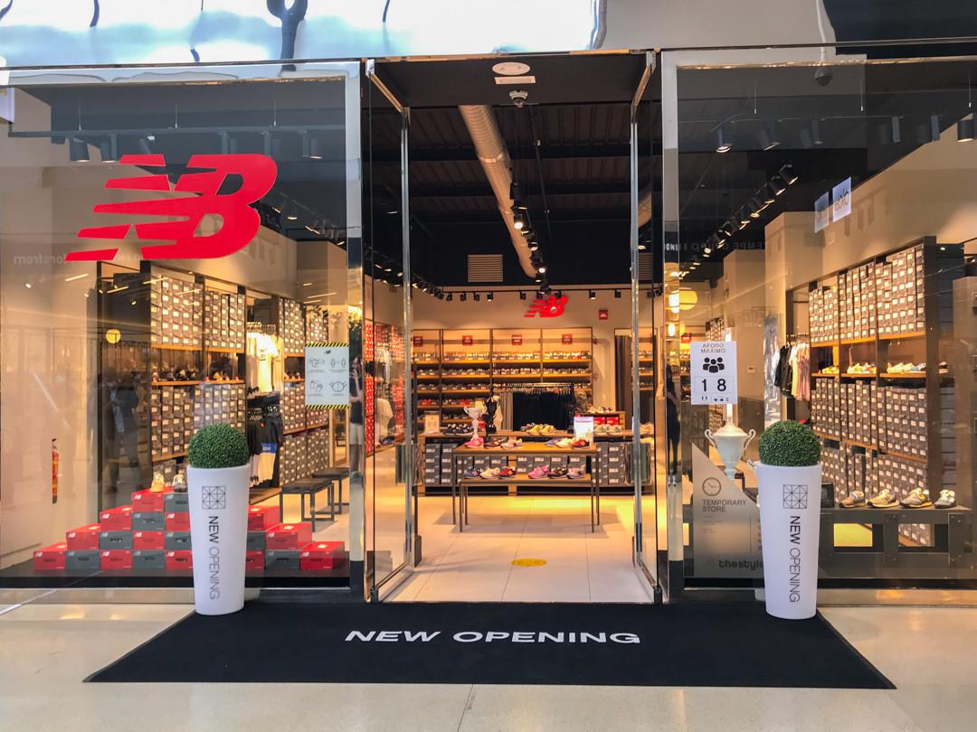 Trágico Sistemáticamente También  La primera pop-up store de New Balance en Galicia abre sus puertas en The  Style Outlets