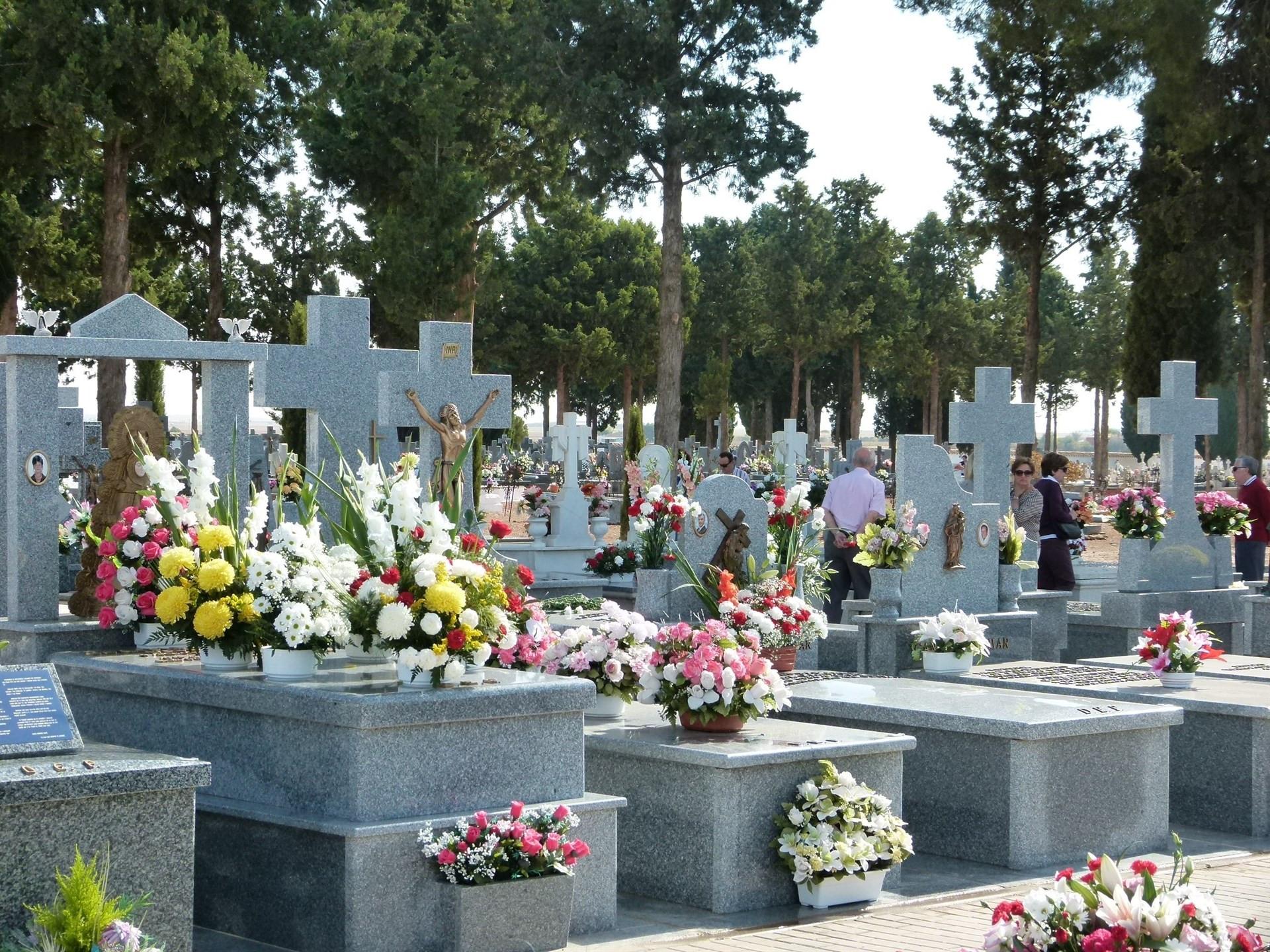 Cementeriolapidastumbasmuerte