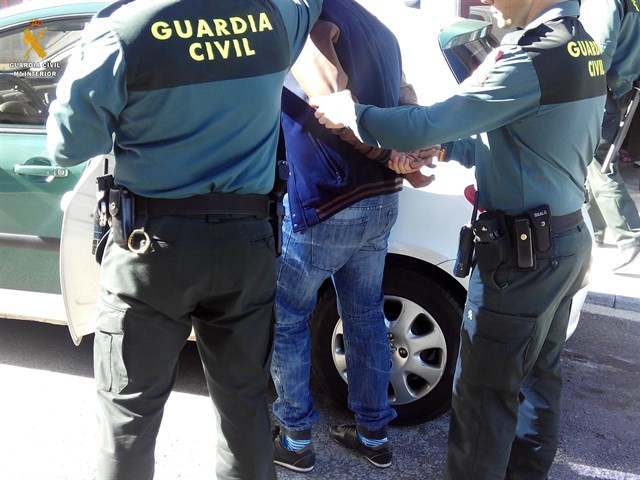 Detenciondrogaguardiacivil