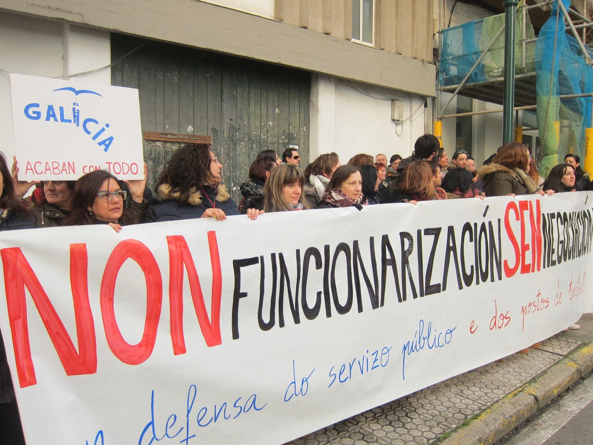 Funcionariosserviciossocialesprotesta