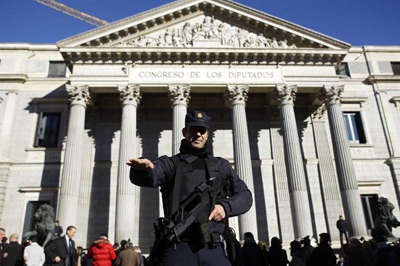 Policiacongresodiputadosleymordaza