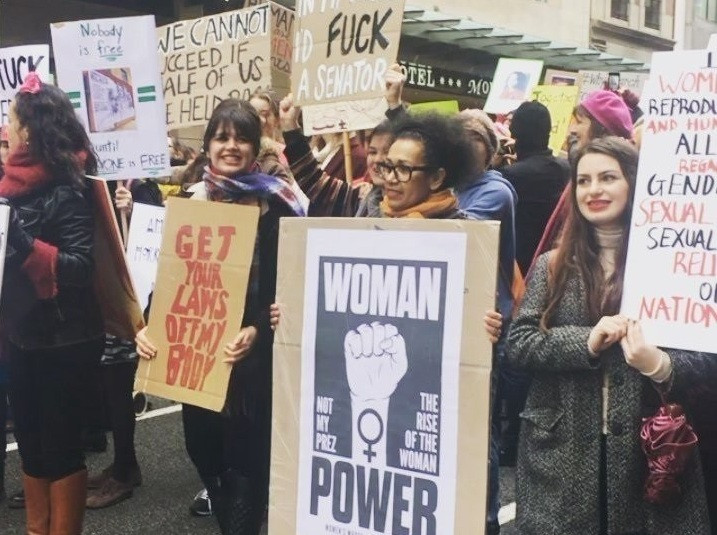 Womanpowercontratrump