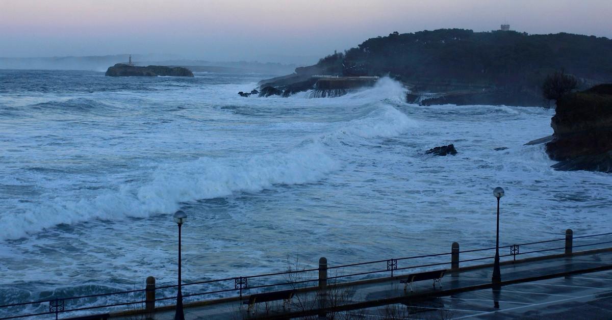 Temporal olas mar