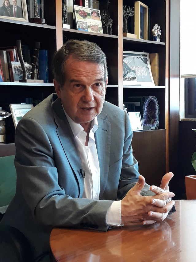 Abel Caballero en el transcurso de la entrevista con Europa Press
