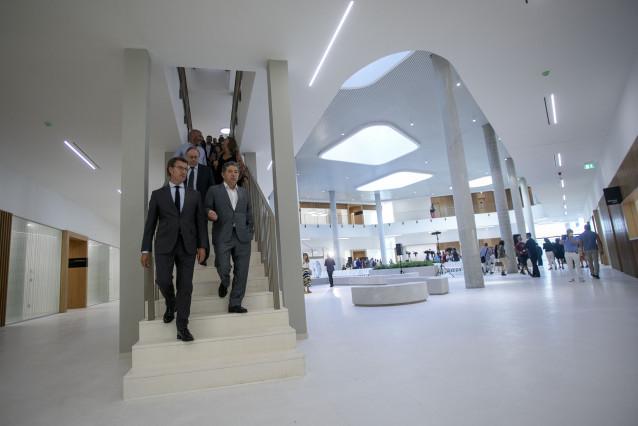 El presidente de la Xunta, Alberto Núñez Feijóo, inaugura el nuevo edificio judicial de A Parda.