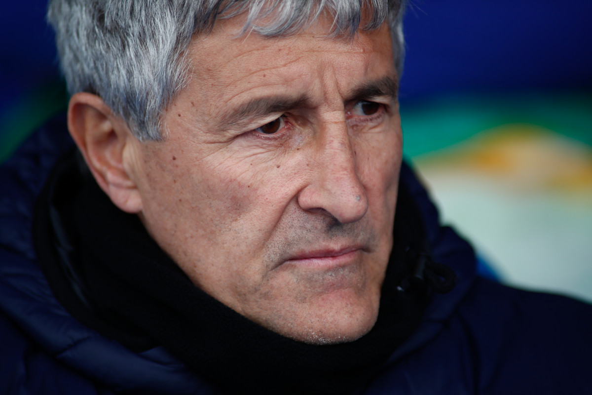 EuropaPress 1901061 Quique Setien coach of Betis during the spanish football championship La Liga played between CD Leganes and Real Betis Balompiu00e9 SAD at Butarque Stadium Madrid Spain February 10th 2019