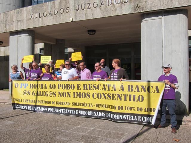 Protesta de preferentistas en Santiago de Compostela