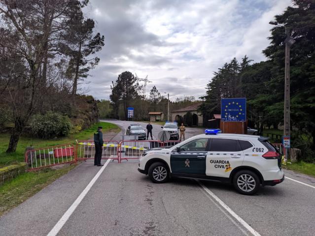 Control de la Guardia Civil en la provincia de Ourense con motivo del estado de alarma.