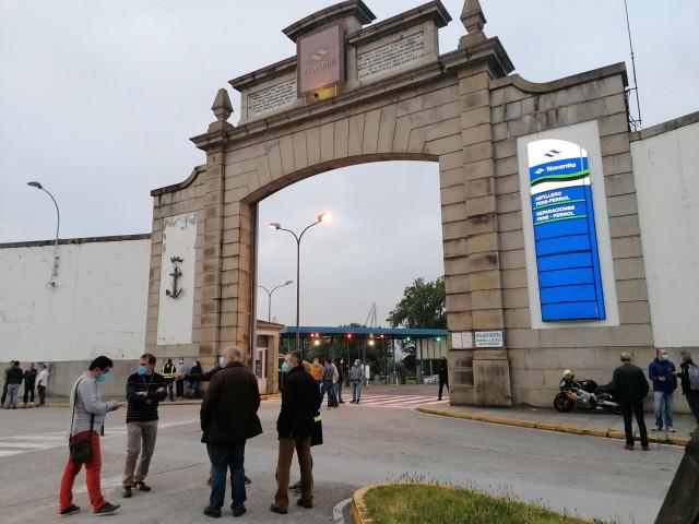 Concentración en la puerta de Navantia Ferrol.