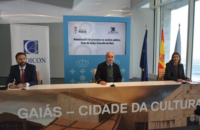 Presentación del proceso de robotización en el Ayuntamiento de Rois