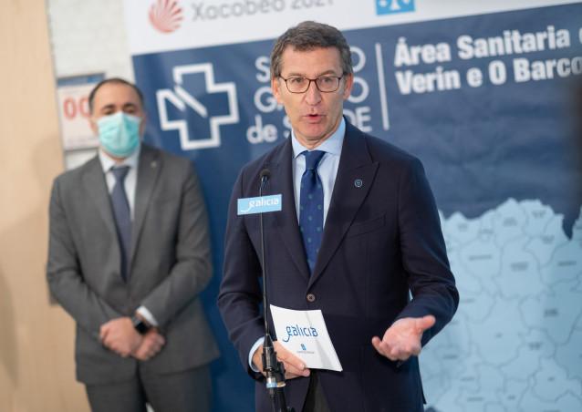 El presidente de la Xunta, Alberto Núñez Feijóo, visita el nuevo centro de salud de Pereiro de Aguiar (Ourense)