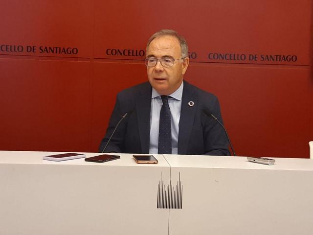 Coronavirus.- Santiago denuncia 20 fiestas en pisos en la noche del jueves y el alcalde vuelve a pedir