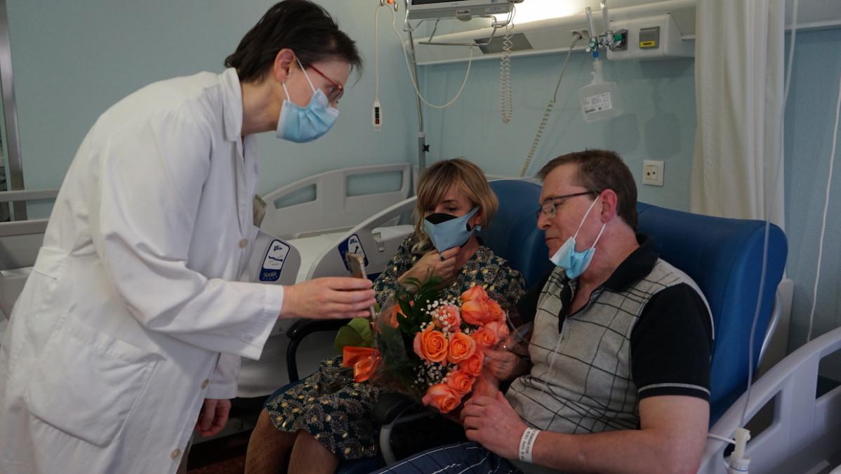 Matrimonio en Povisa Vigo en una imagen del hospital