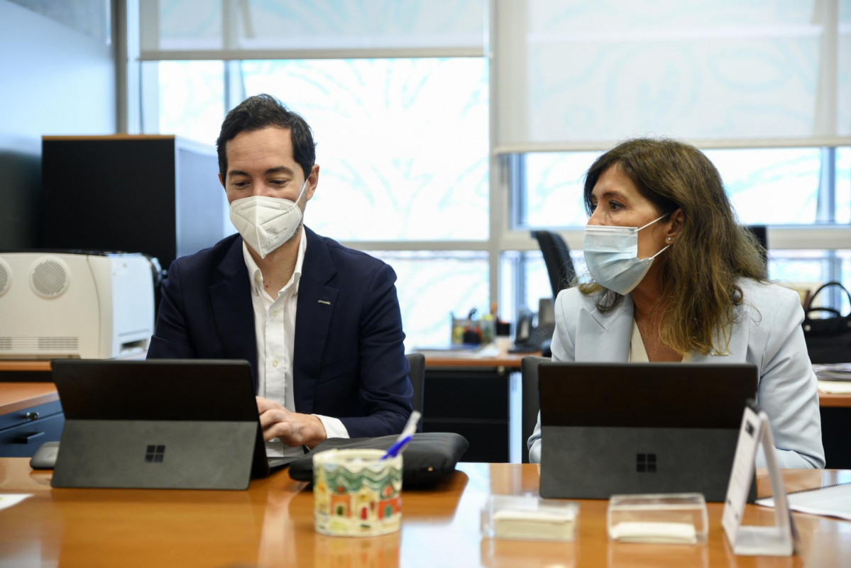 El CEO de Greenalia, Manuel García; y la directora de Desarrollo Corporativo y Sostenibilidad de Greenalia, Beatriz Mato