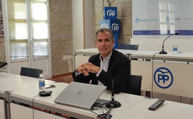 Archivo - El presidente local y portavoz municipal del Partido Popular de Pontevedra, Rafa Domínguez.